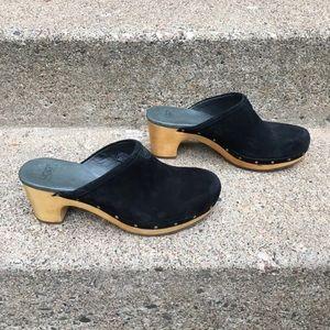 Ugg Australia Abbie Suede Shoes Size 9